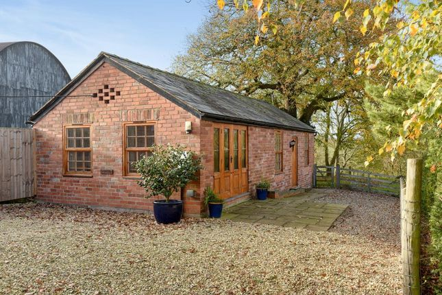 Thumbnail Detached bungalow to rent in Canon Bridge, South Of Hereford