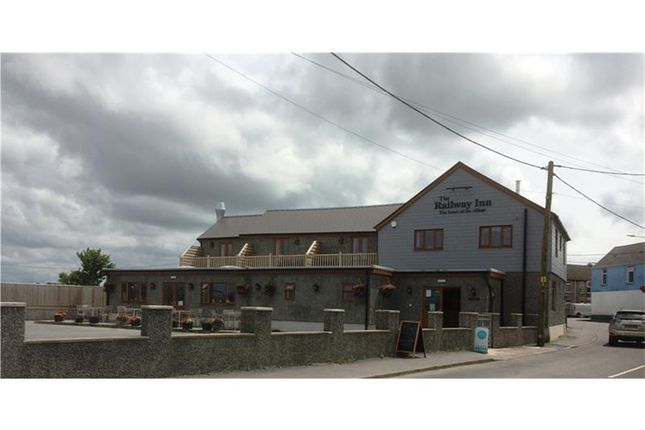Thumbnail Hotel/guest house for sale in The Railway Inn, Swansea, Abertawe, UK