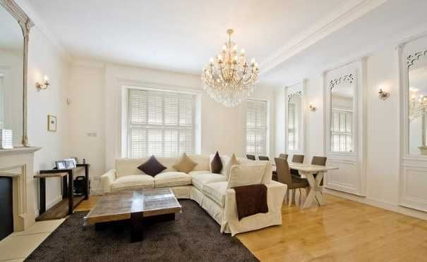 2 bed flat to rent in Onslow Square, London SW7