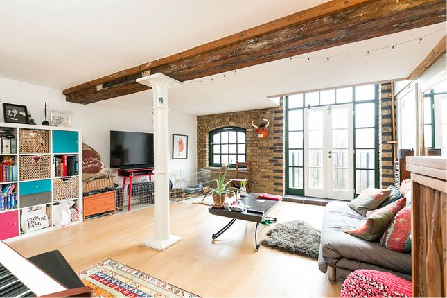 Thumbnail Flat for sale in Tannery House, Shoreditch