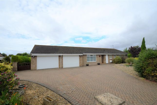 Thumbnail Detached bungalow for sale in Walpole Close, Bicester