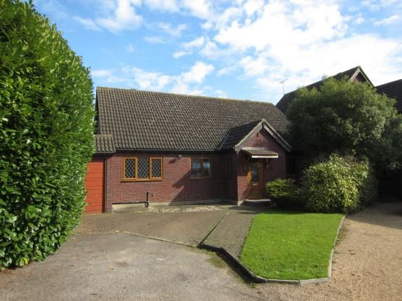 Thumbnail Bungalow for sale in Mountnessing, Brentwood, Essex