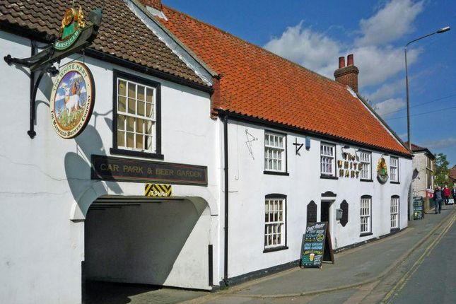 Thumbnail Pub/bar for sale in The White Hart, Brigg, Lincolnshire
