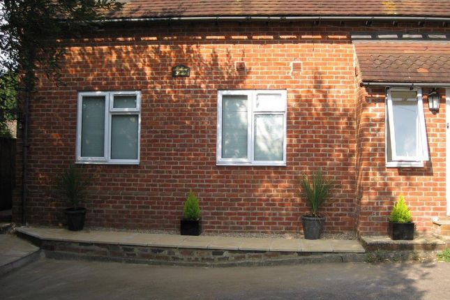 1 bed flat to rent in Station Road, Petersfield