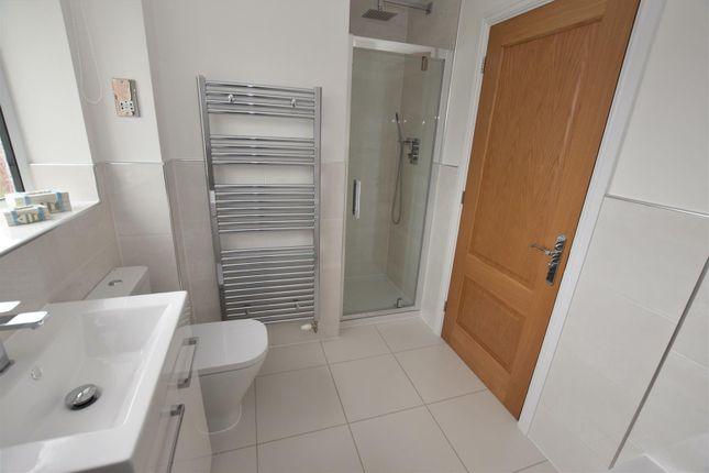 Contemporary Four Piece Bathroom
