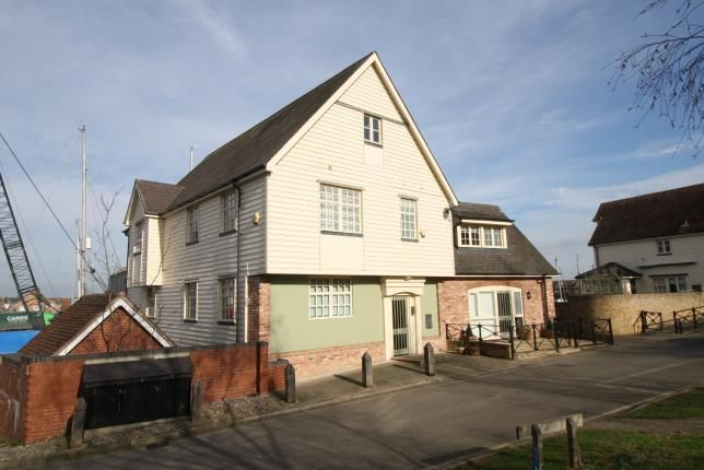 Thumbnail Flat for sale in Chandlers Quay, Maldon