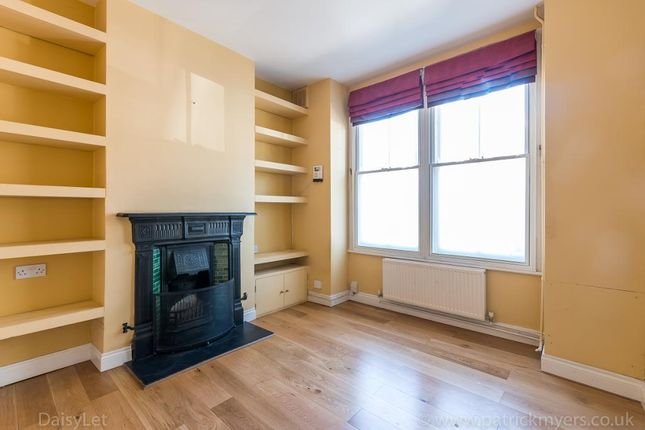 3 bed terraced house to rent in Whateley Road, East Dulwich, London