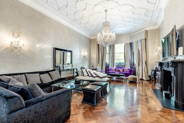 Thumbnail Flat for sale in Ennismore Gardens, Knightsbridge