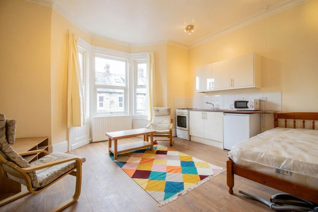 1 bed flat to rent in Cavendish Place, Jesmond, Newcastle Upon Tyne NE2