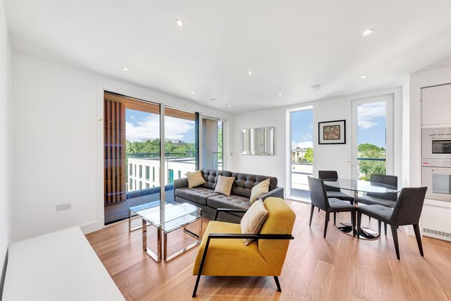Thumbnail Flat to rent in 500 Chiswick High Road, Chiswick