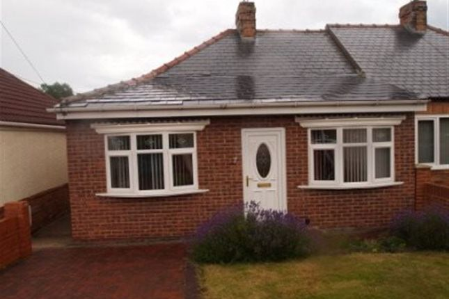 2 bed bungalow to rent in Stockton Road East, Hawthorn, Seaham