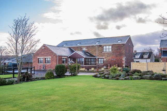 Thumbnail Barn conversion for sale in Renacres Lane, Halsall, Ormskirk
