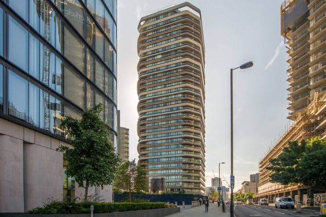 Thumbnail Flat for sale in City Road, Clerkenwell, London