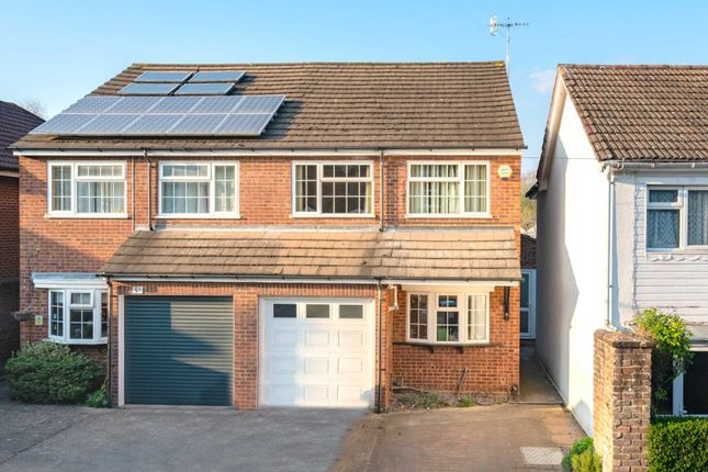 Semi-detached house for sale in Catlin Street, Boxmoor