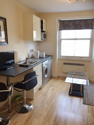 Thumbnail Property to rent in Queensborough Terrace, London