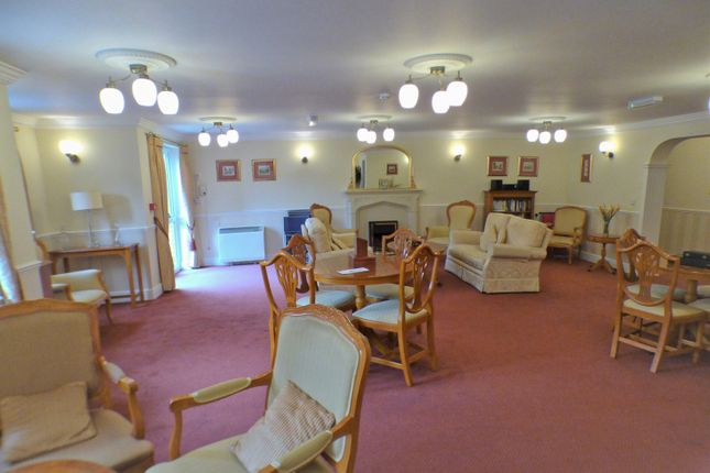 Communal Area of Argent Court, Leicester Road EN5