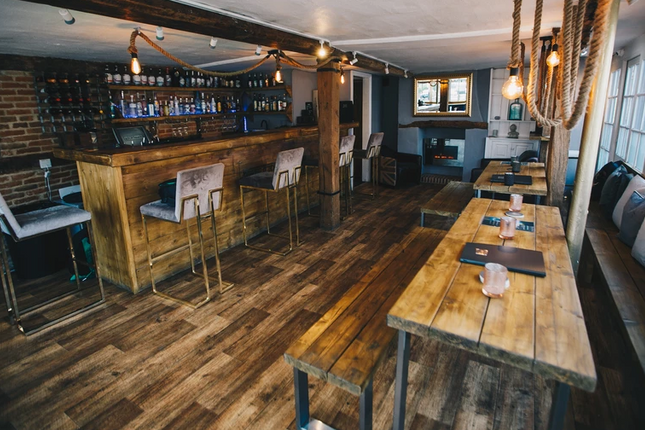 Thumbnail Pub/bar for sale in Winslow, Buckinghamshire