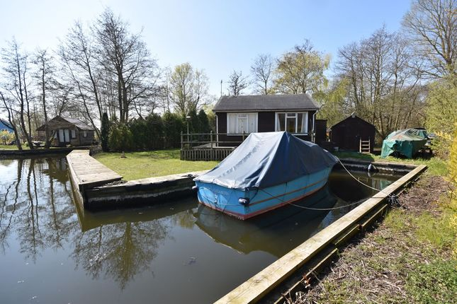 Thumbnail Detached bungalow for sale in Crabbetts Marsh, Horning