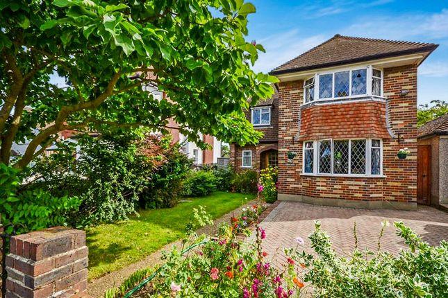 Thumbnail Detached house for sale in Harcourt Road, Wallington