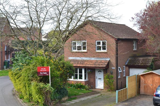 Thumbnail Detached house for sale in Rotherwick Road, Tadley