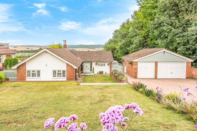 3 bed detached bungalow for sale in Pilgrims Road, Halling, Rochester ME2