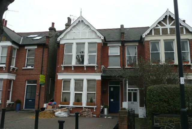 Thumbnail Flat to rent in Brownlow Road, London