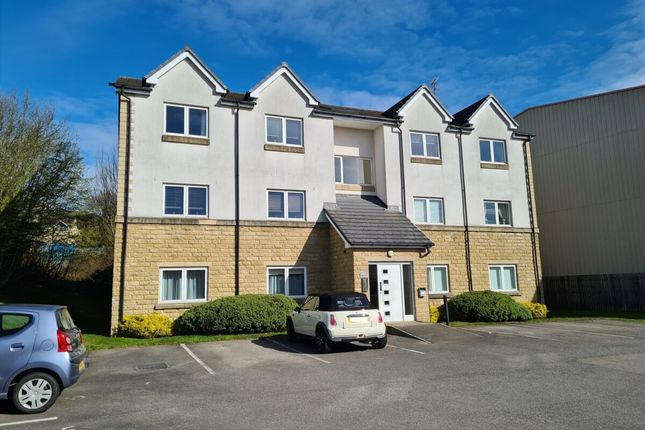 Flat for sale in Sovereign Court, Bradford