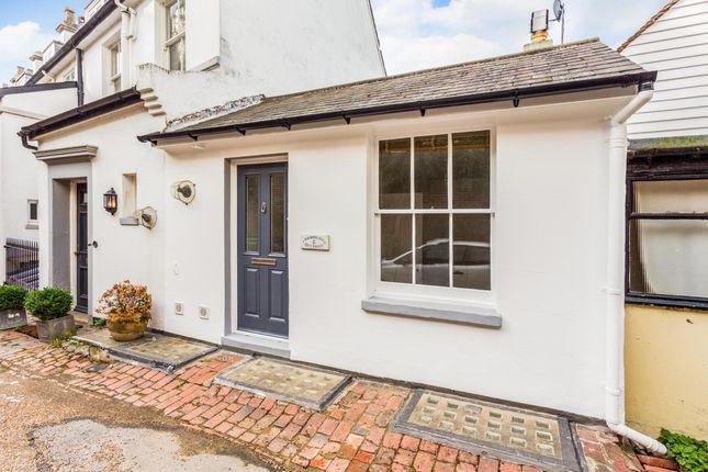 Thumbnail Cottage to rent in Cumberland Yard, Tunbridge Wells