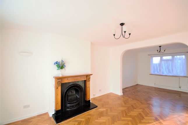 Thumbnail Semi-detached house to rent in Sandymount Avenue, Stanmore