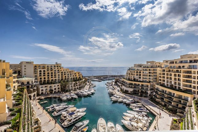 Thumbnail Apartment for sale in Portomaso, Malta
