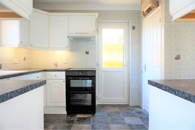 Kitchen of Middlemead, Chelmsford CM2