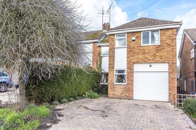 Thumbnail Semi-detached house to rent in Abbotts Place, Chesham