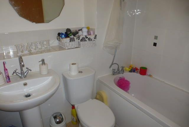Bathroom of Dale Close, Stanway, Colchester CO3