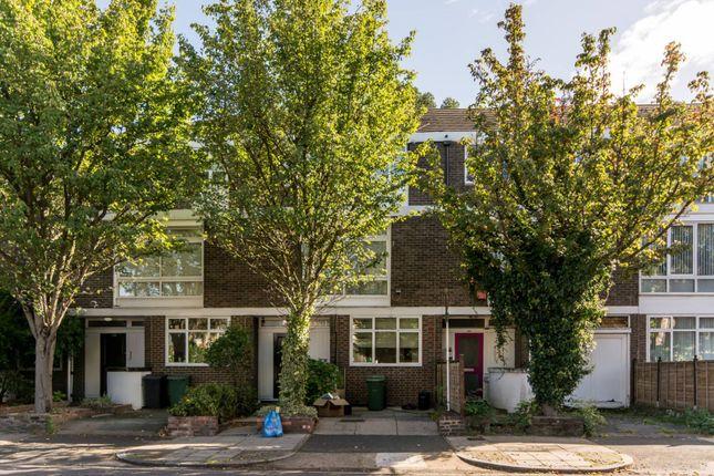 Terraced house to rent in Loudoun Road, St John's Wood, London