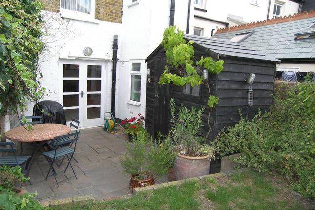Sea Wall, Whitstable CT5