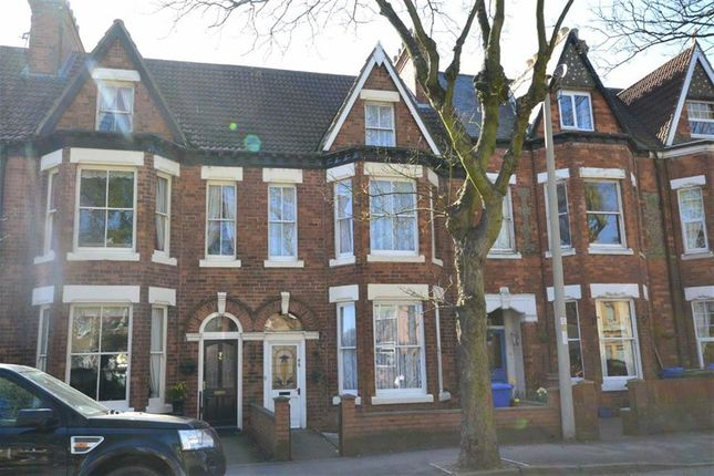 Thumbnail Terraced house to rent in Cliff Road, Hornsea, East Yorkshire