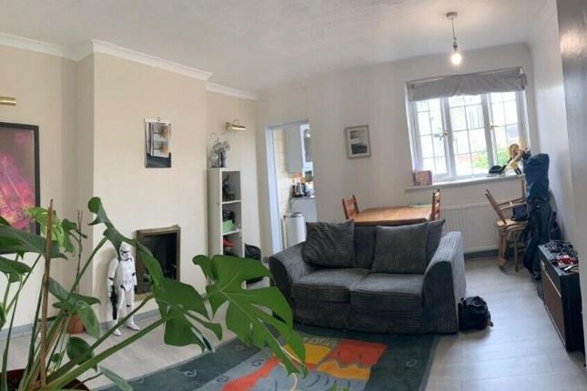 Thumbnail Maisonette to rent in Edenvale Road, Mitcham
