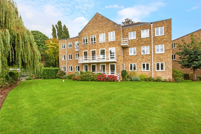 Thumbnail Flat for sale in Braybank, Bray, Maidenhead, Berkshire