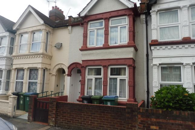 Thumbnail Property to rent in Kensington Avenue, Watford