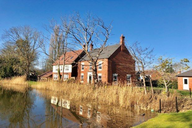 Thumbnail Detached house to rent in James Way, Leicester