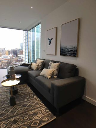 Thumbnail Flat to rent in 84 Alie Street, London
