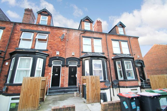 Thumbnail Terraced house to rent in All Bills Included, Brudenell Mount, Hyde Park