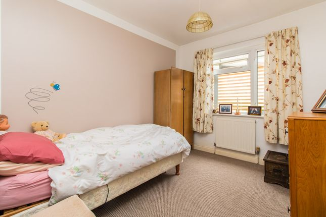 Bedroom of Manners Way, Southend-On-Sea SS2