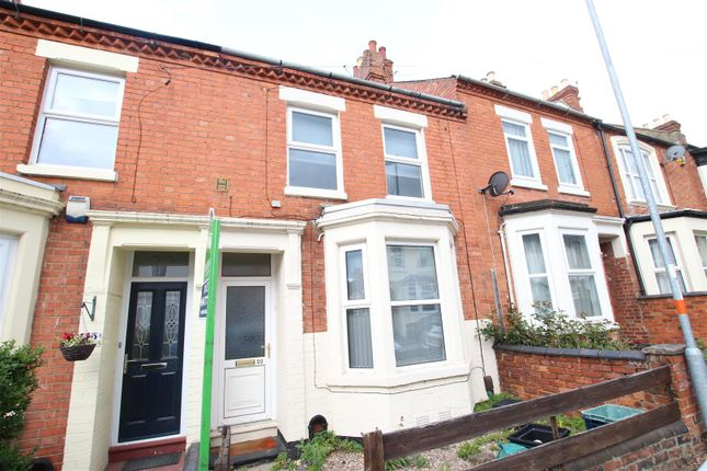 4 bed property to rent in Shelley Street, Northampton NN2