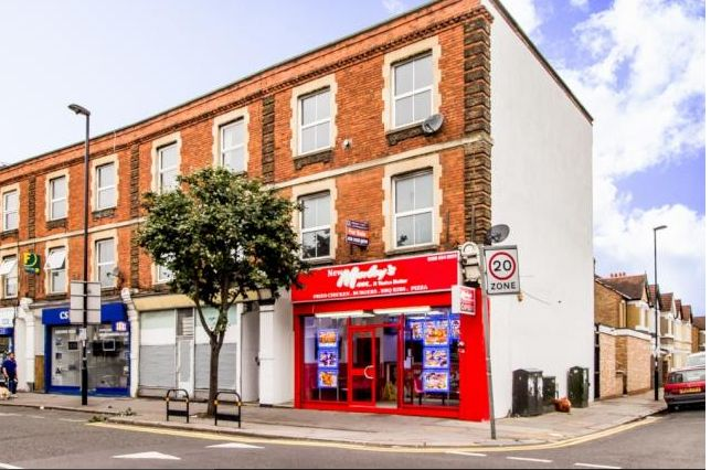Thumbnail Maisonette for sale in Morland Road/Beckford Road, Croydon