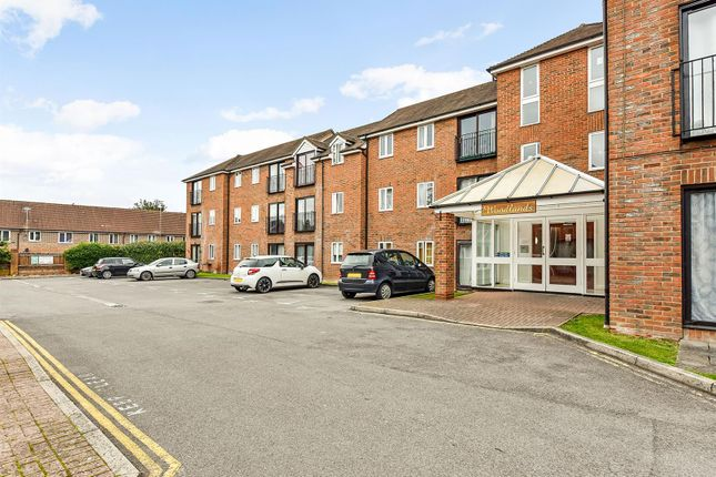1 bed flat for sale in Woodlands Way, Andover SP10