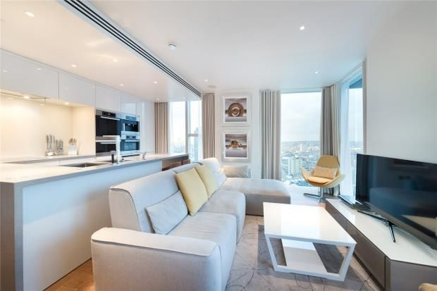 Thumbnail Flat to rent in The Heron, City Of London