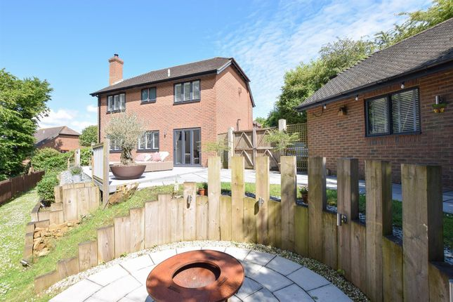Thumbnail Detached house for sale in Starrs Mead, Battle