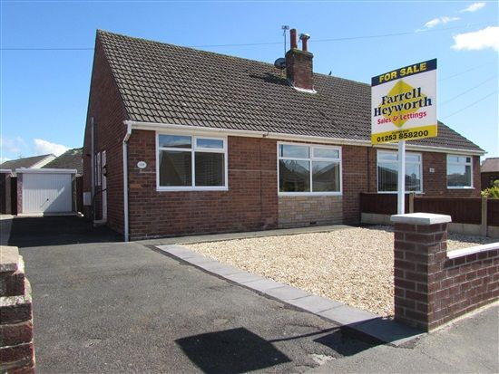 Thumbnail Bungalow to rent in Northumberland Avenue, Thornton Cleveleys