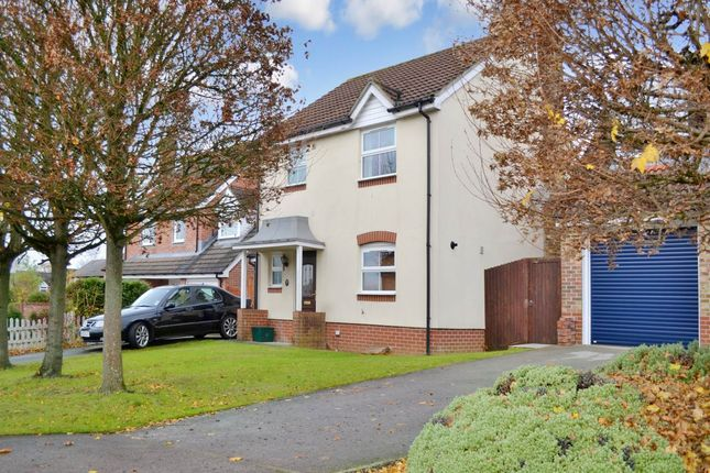 Thumbnail Detached house to rent in Pindar Place, Newbury